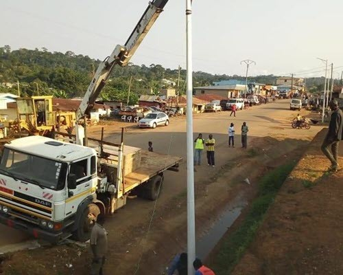 Ndikiniméki en route vers l'émergence